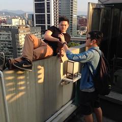 這裡14樓...  #rooftop #14F #kidd #crazy #boys