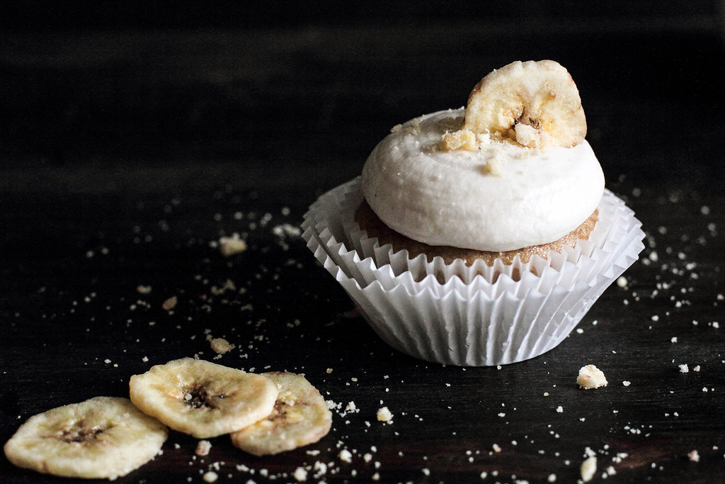 Banana Chocolate Hazelnut Cupcakes