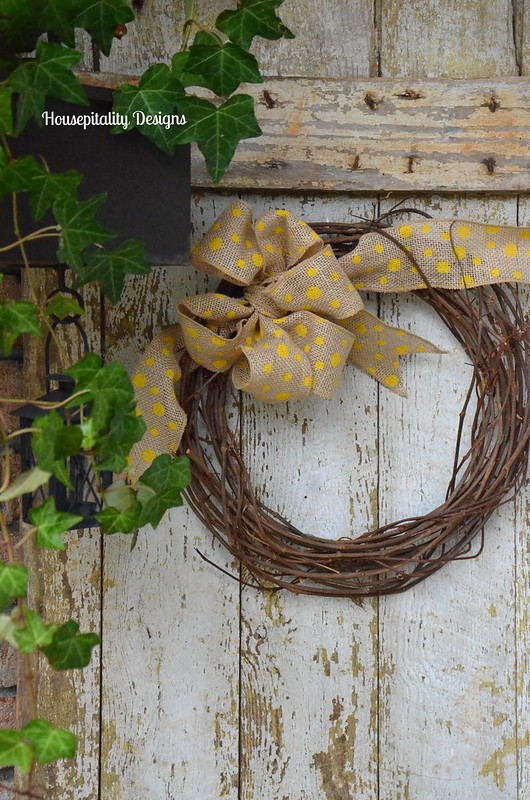 Vintage Door/Wreath-Housepitality Designs