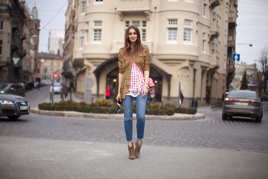 utility-jacket-outfit-ideas-street-style