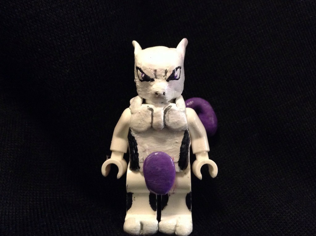 Lego Mewtwo Ah Mewtwo Dont Get Me Wrong I Love Him It Flickr
