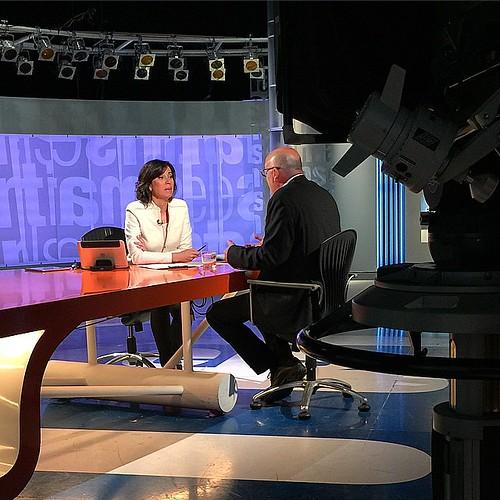 Lídia Heredia entrevista Lluís Corominas a 'Els matins' #tv3 #santjoandespi #barcelona #catalunya #catalonia #igmataro #igerscalella #igersmaresme #igersbarcelona #igerscatalunya #televisio #periodisme