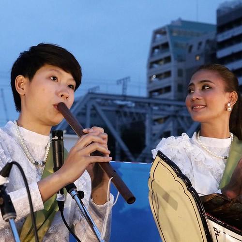 タイの伝統的な楽器を使って、演奏。 #タイアンバサダー