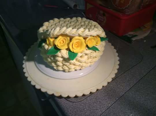Basket of Roses Cake by Noreen Meaney