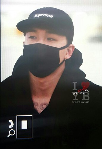 BIGBANG (wout Seungri) arrival Seoul Gimpo from Beijing 2016-01-02 (42)