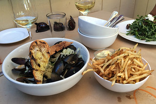 The Girl and the Fig - Mussels
