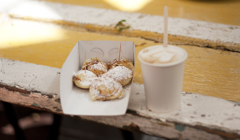 coffee and poffertjes