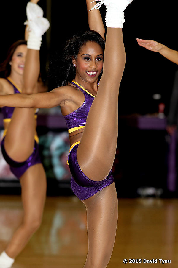 Laker Girls032715v043