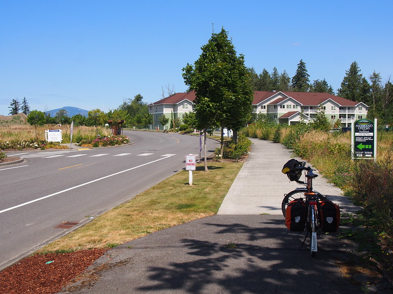 """North 30th Street """"Trail""""?: The """"bike route"""" lasted a block and the trail kept going until it was replaced with a wide sidewalk."""