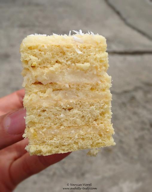 prajitura cu foi si crema de cocos
