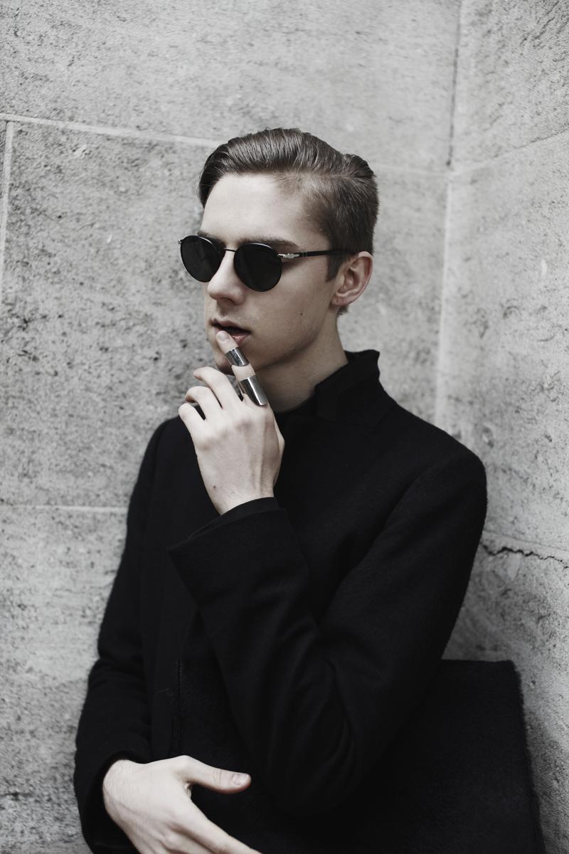 mikkoputtonen_fashionblogger_london_allblack_gtie_allsaints_jilsander_onar2_web