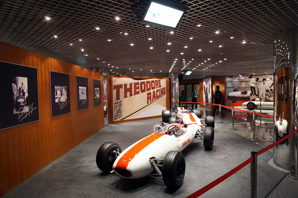 Grand prix macau - cars display-002