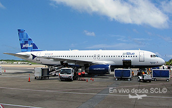 JetBlue A320 (Gaston Doval)