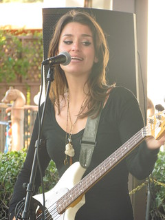 Nice Street Rock`n Roll Singer