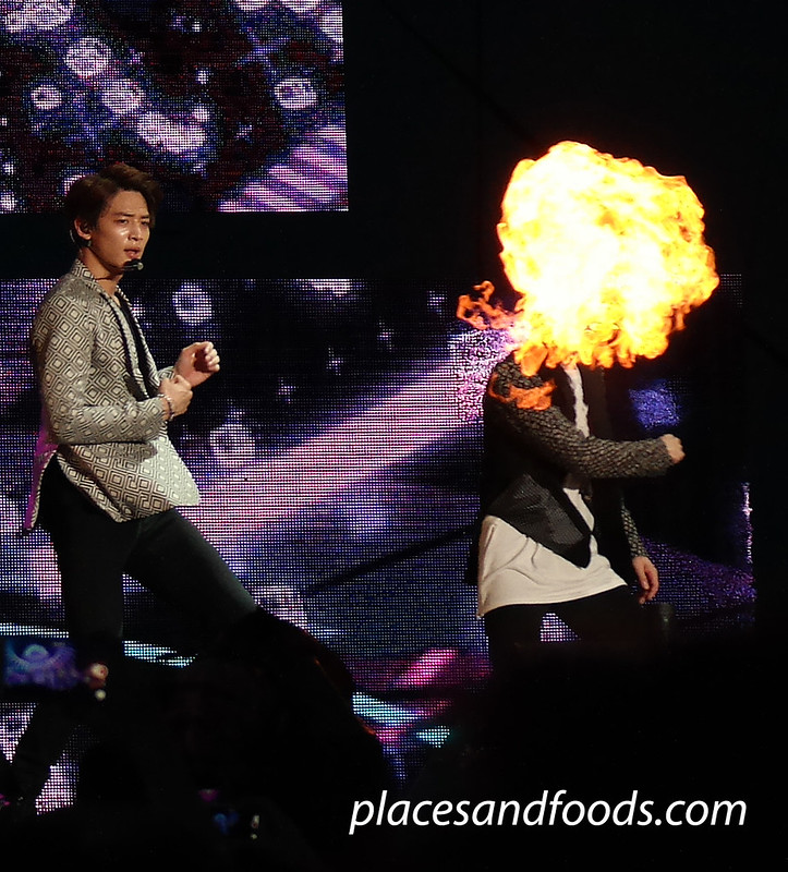 2015 shinee group dancing fireball