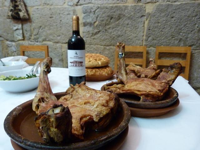 Lechazo del restaurante Molino de Palacios (Peñafiel, Valladolid)