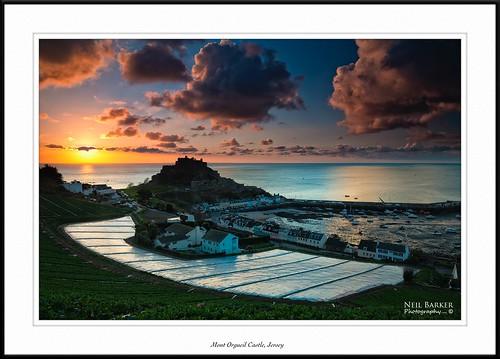 sea castle sunrise harbour jersey gorey channelisland mountorgueil neilbarkerphotography