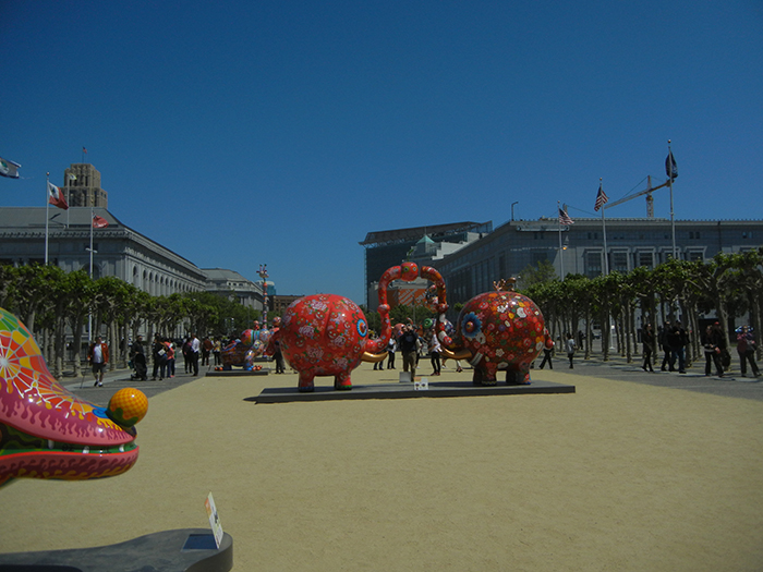 DSCN3164 - Fancy Animal Carnival by Taiwanese artist Hung Yi (洪易) at SF Civic Center