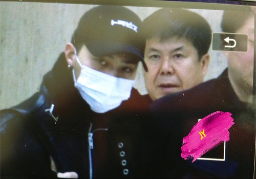 BIGBANG (wout Seungri) arrival Seoul Gimpo from Beijing 2016-01-02 (11)