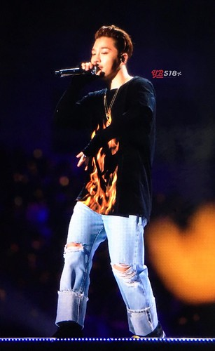 Big Bang - FANTASTIC BABYS 2016 - Nagoya - 01may2016 - YB 518 - 11