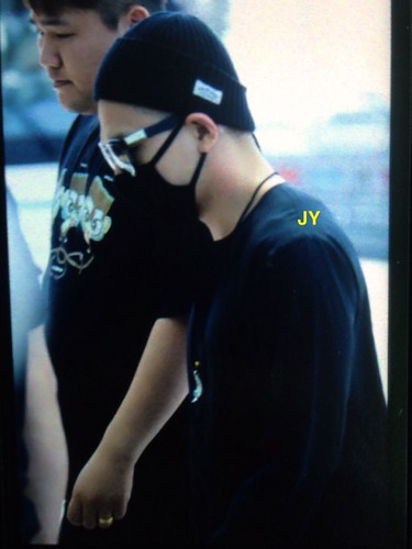 Big Bang - Incheon Airport - 29may2015 - Tae Yang - Joey_GD - 01