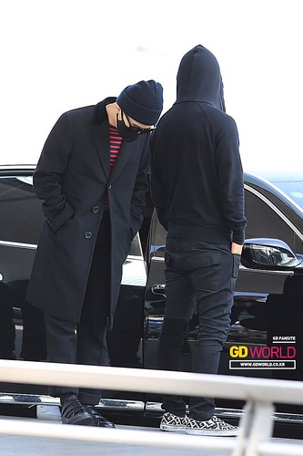 Big Bang - Incheon Airport - 01apr2015 - G-Dragon - GD World - 04