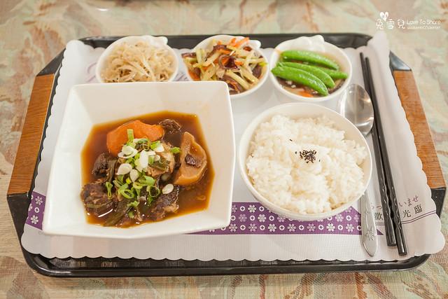 牛腩飯 (6)