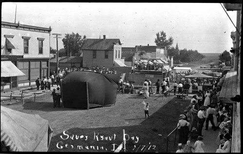streetfairs sauerkraut ethniccelebrations localcelebrations germanamericans germaniaiowa lakotaiowa