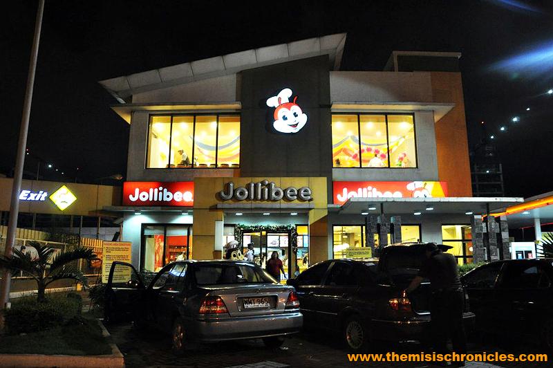 Jollibee Shell Macapagal Northbound branch