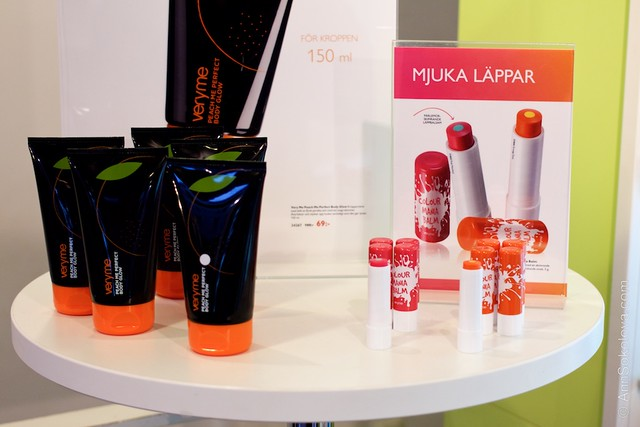 55 Oriflame Concept store in Stockholm