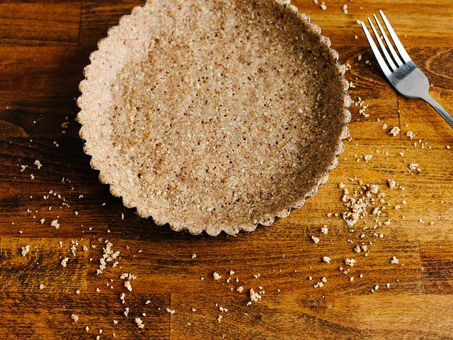 Hazelnut + oat crust