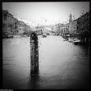 It Rains In Venice Too