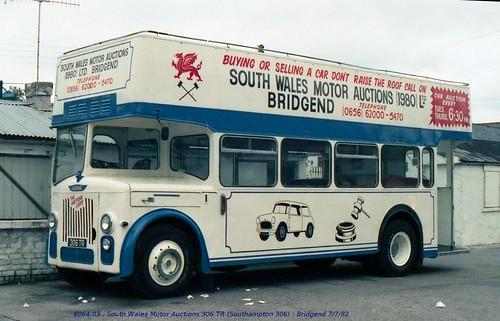 non-PSV [South Wales Motor Auctions] 306TR 820707 Bridgend [jg]