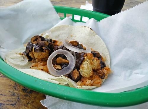 Taco de Coliflor Mole