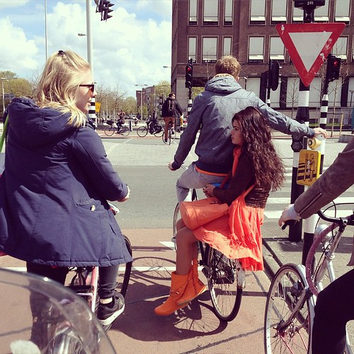 Good evening all! #homesweethome #amsterdam #wibautstraat #oost #kingsday #qday #koningsdag #cyclechic
