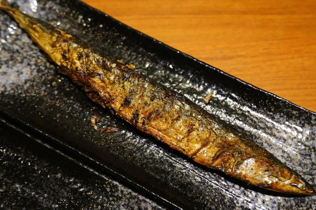【台北燒烤店推薦】營業到深夜的好吃燒烤店「柒串燒屋」。平價好吃美食,可以內用也可以外帶~