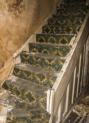 Patterns on the staircase