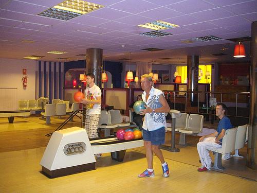 Megabowl Sports Bar & Lounge