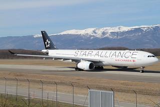 Air Canada (Star Alliance) Airbus A330-343. C-GHLM.