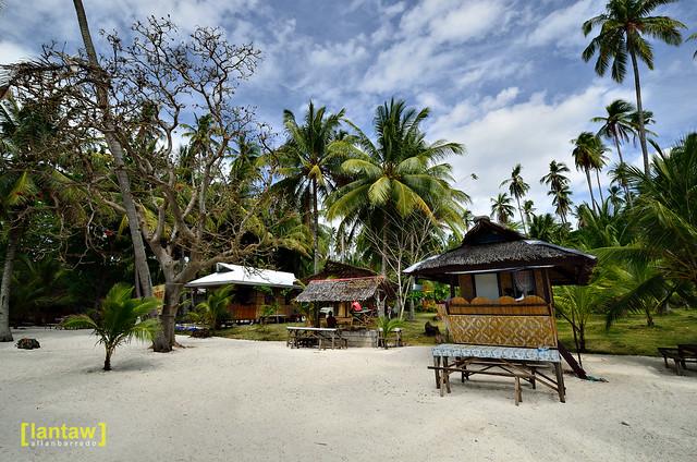 Dayang Beach huts