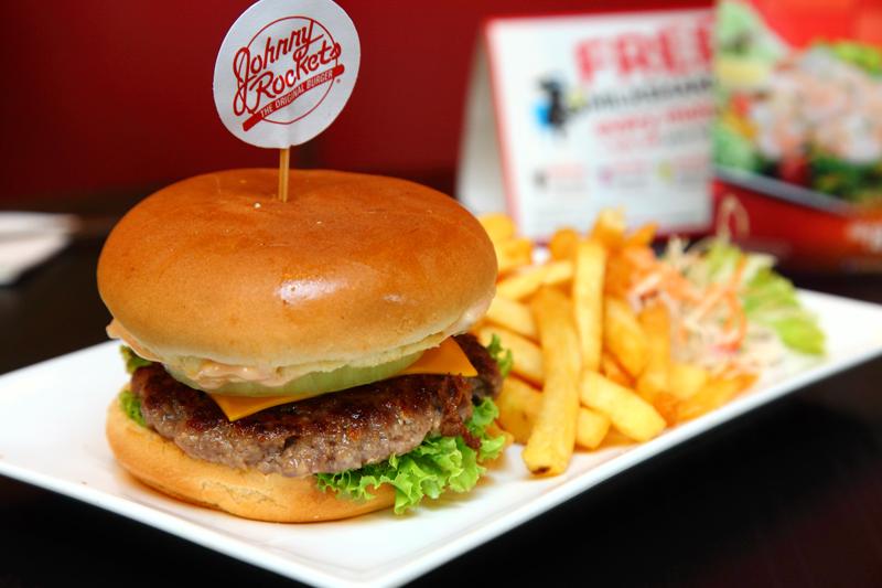Johnny Rockets Rocket-Single-Burger