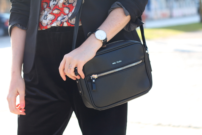 cross body bag, daniel wellington watch, diamanti per tutti rings