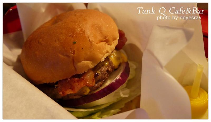 Tank Q Cafe&Bar 17