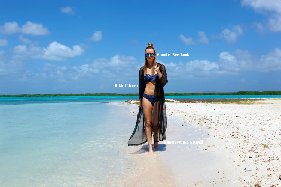 POSE-bonaire-bikini-7