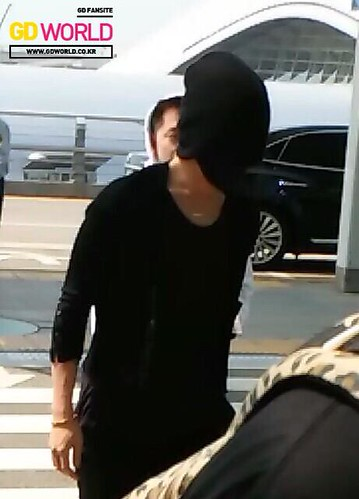 Big Bang - Incheon Airport - 29may2015 - G-Dragon - GD World - 01