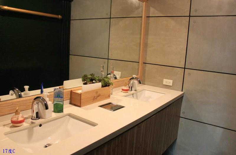 台北西門住宿推薦-20輪旅店-17度C-3