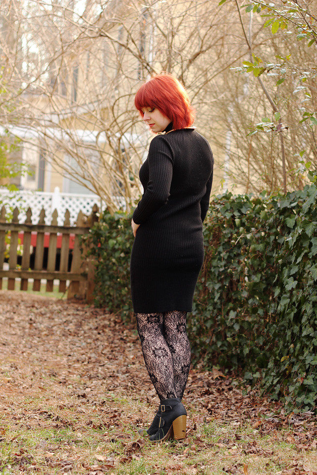 Long Sleeved Bodycon Sweater Dress with Lace Tights