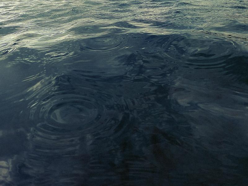 ko olina lagoon - rain drops