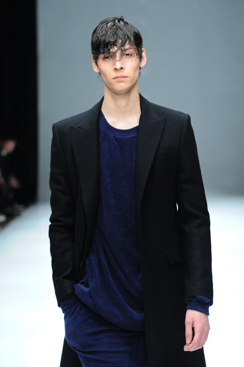 FW15 Tokyo DRESSEDUNDRESSED018_Flint Louis Hignett(Fashion Press)