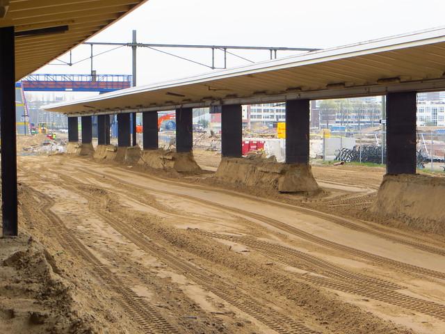 20150423 Delft oude station - weggegraven tweede perron (spoor 2/3)